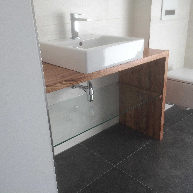 Waschtisch Winkel aus Rüster und Glasboden - 1200 Euro ab Werkstatt