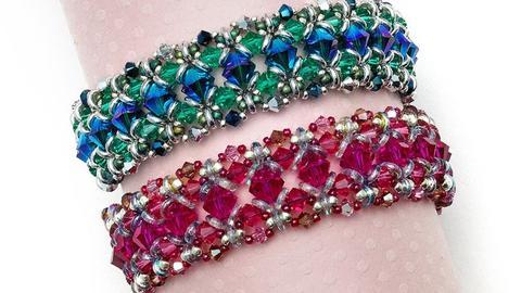 O Bead Bracelet by Marcia Balonis festured in beadwork magazine