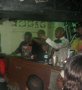 This is a picture from that magical night. DJ Spinna is onthe far left.