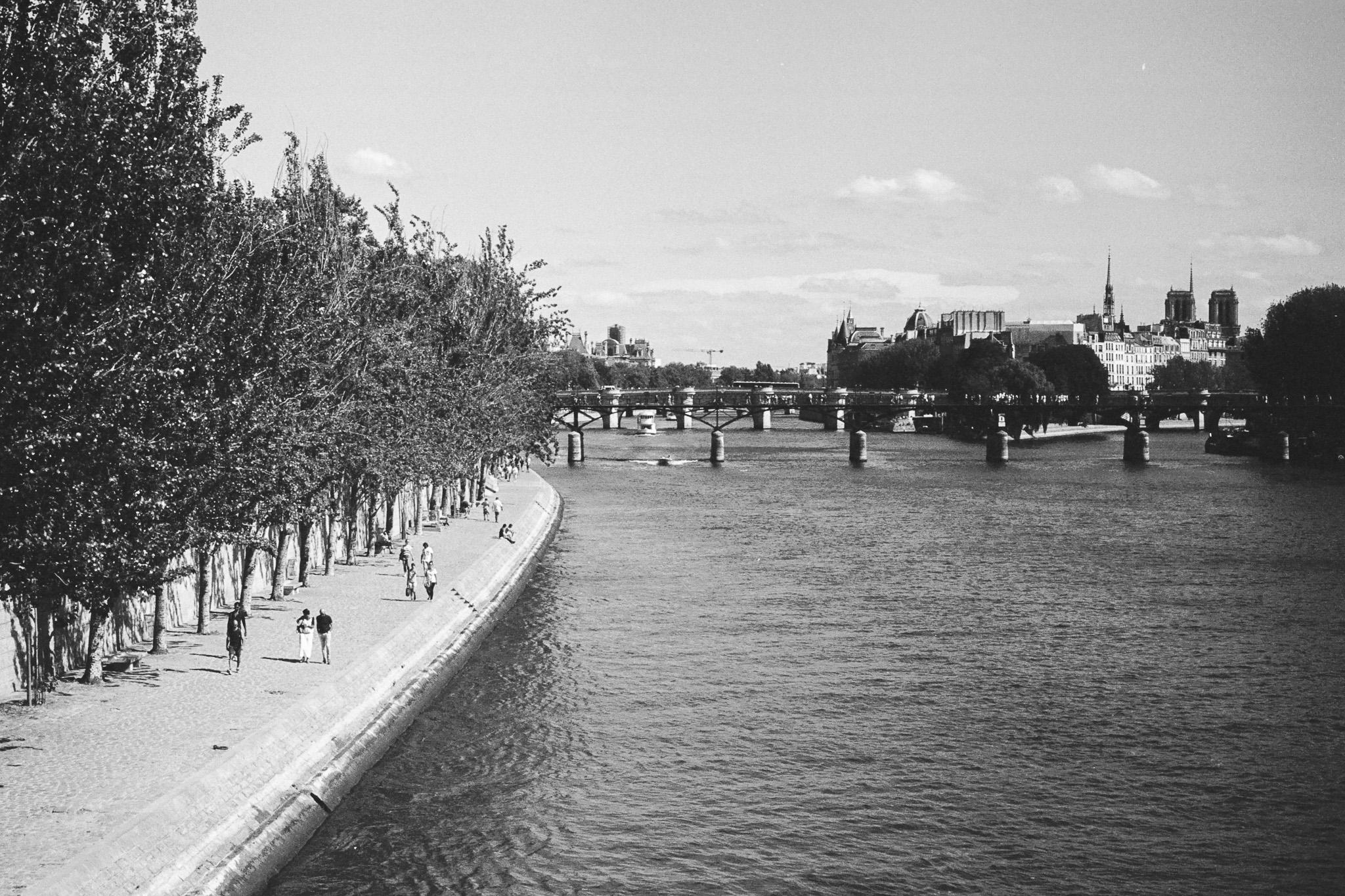 Nikon-F3-Paris-014.jpg