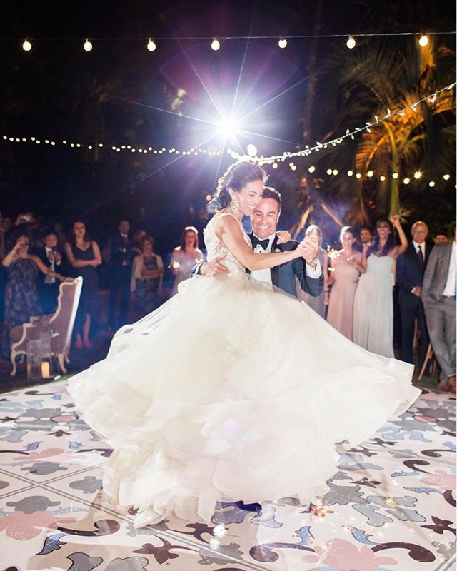 Dancing their way into @martha_weddings today!  Finally able to share a few of my favorites from this stylish, bohemian garden wedding thought up by @bluethistleproductions and shot by @aleegleibermanphoto . . . . Venue: Miami Beach Botanical Garden Invites: @ggpress  Catering: @thierryisambert  Florals: @primroseflorals  DJ, Lighting, Dancefloor: @eventfactor  Rentals: @mivintage @lefragolecatering  Cake: @elsiesflourshop