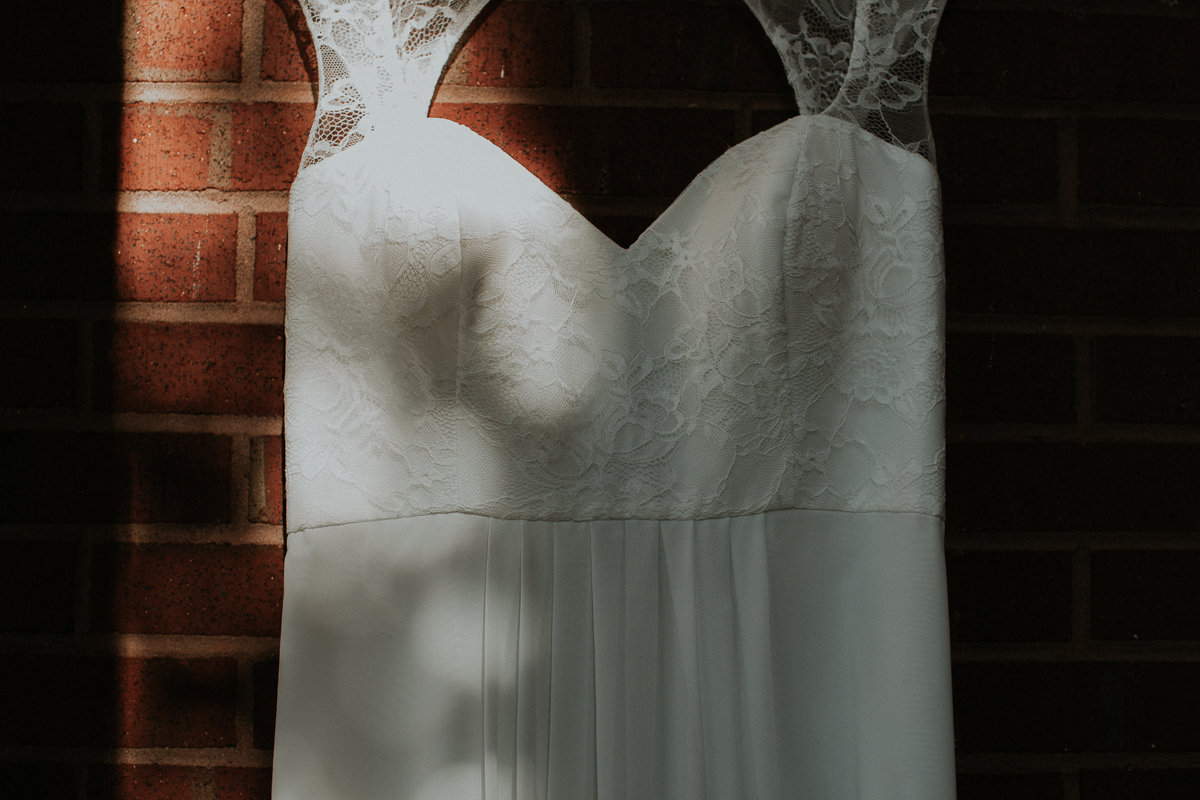 Atlanta_wedding_photographer_Artistic_Destination_same_sex_couple_Decatur_GA_Georgia_Wahoo_Grill_Pine_Lake_Beach_House-25.jpg