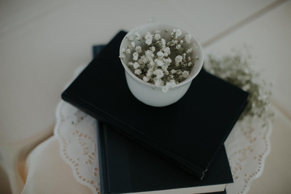 Atlanta_wedding_photographer_Artistic_Destination_same_sex_couple_Decatur_GA_Georgia_Wahoo_Grill_Pine_Lake_Beach_House-92.jpg