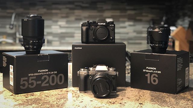 Photography/videography has been a passion for quite a while - time to up my game. Ready when you are! 📸 #fujifilm #fujixt3 #photography #photographer #videographer #cinematography #fujifilmxt3
