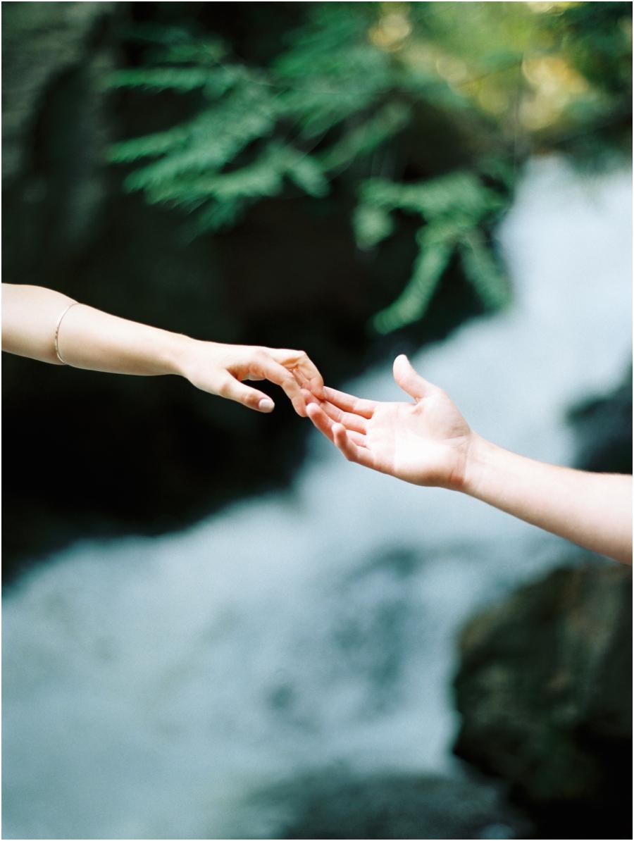 touch hand_0290.jpg