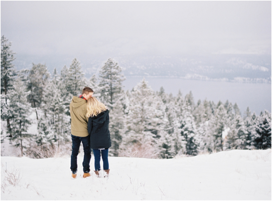 winter engagement photographer_0633.jpg