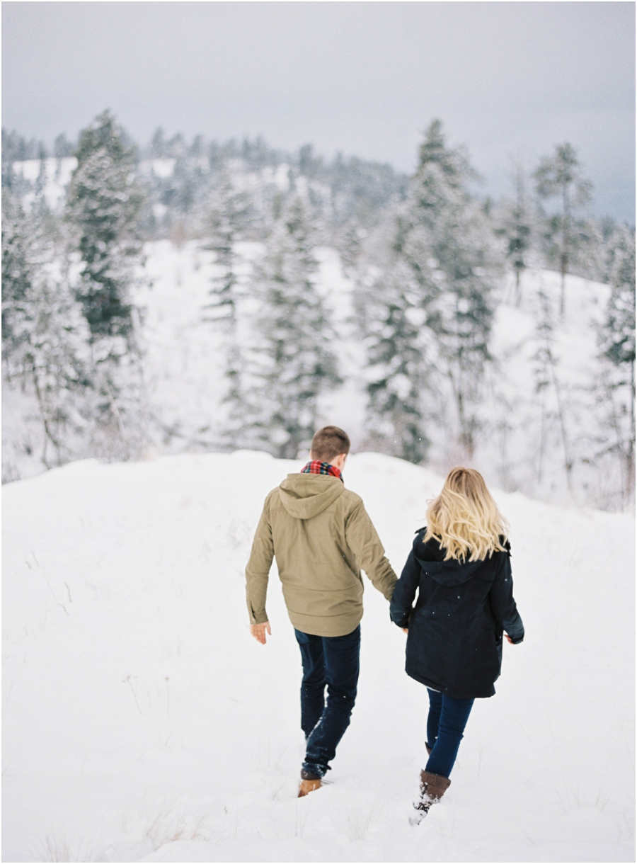 winter engagement photographer_0629.jpg