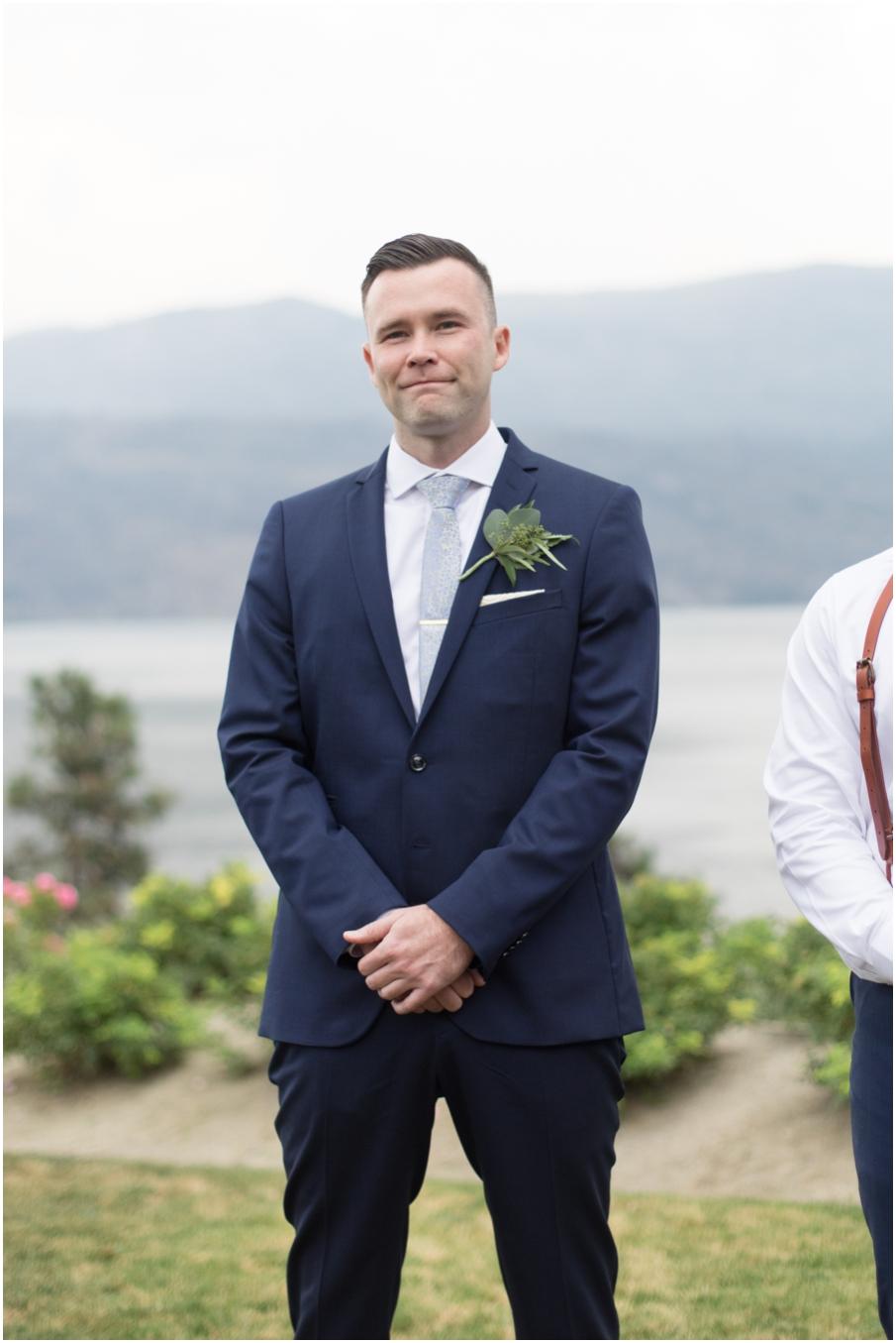 groom first look cry_1486.jpg