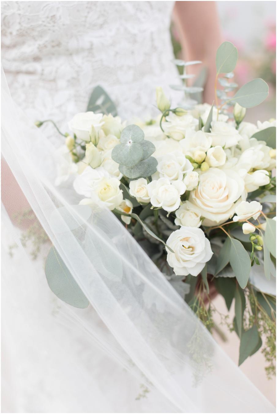 bouquet kelowna wedding photographer_1510.jpg