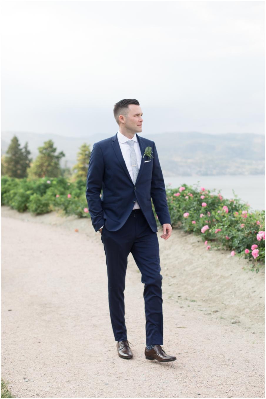 groom vancouver wedding photographer_1522.jpg