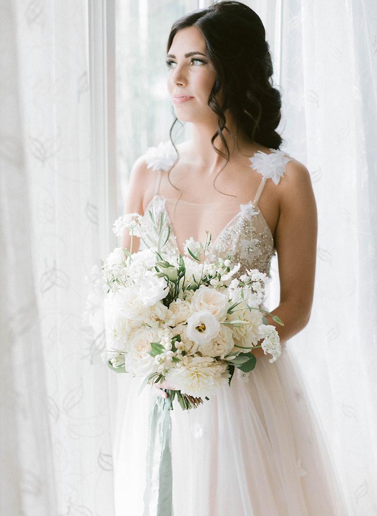 bouquet bridal kelowna photographer wedding.jpg