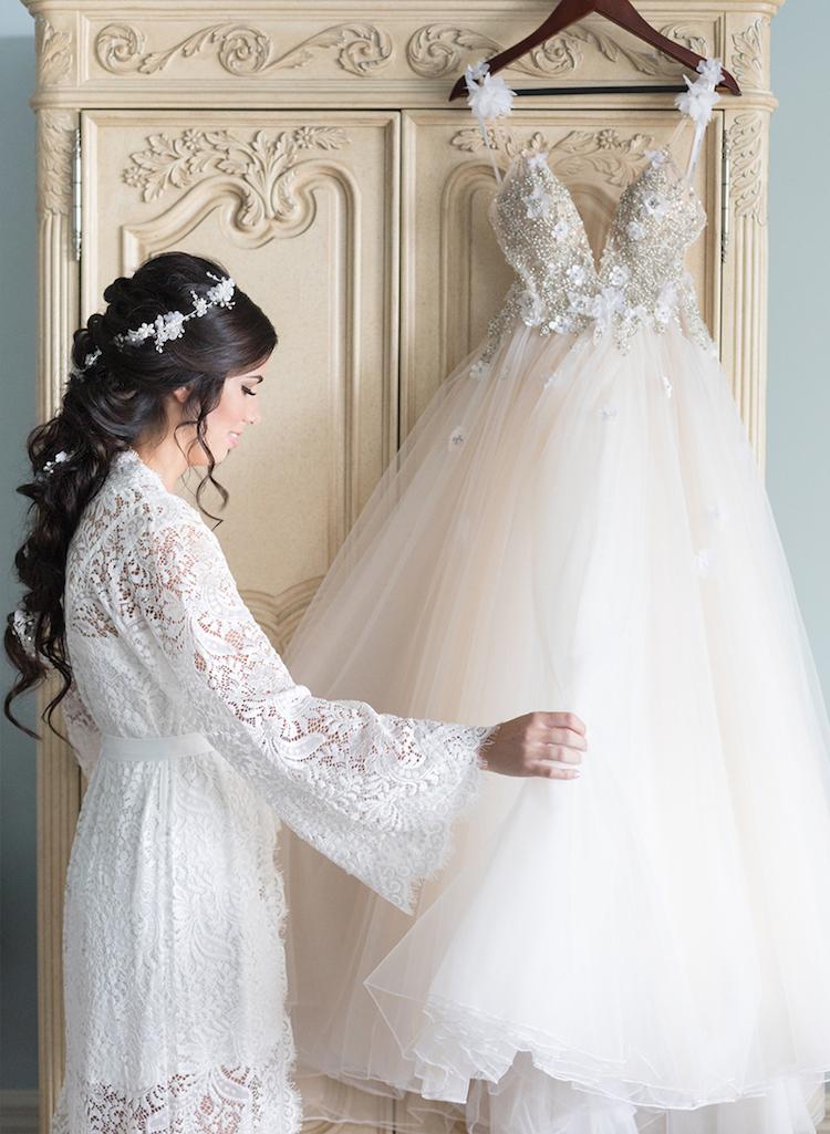 kelowna bride wedding dress film.jpg