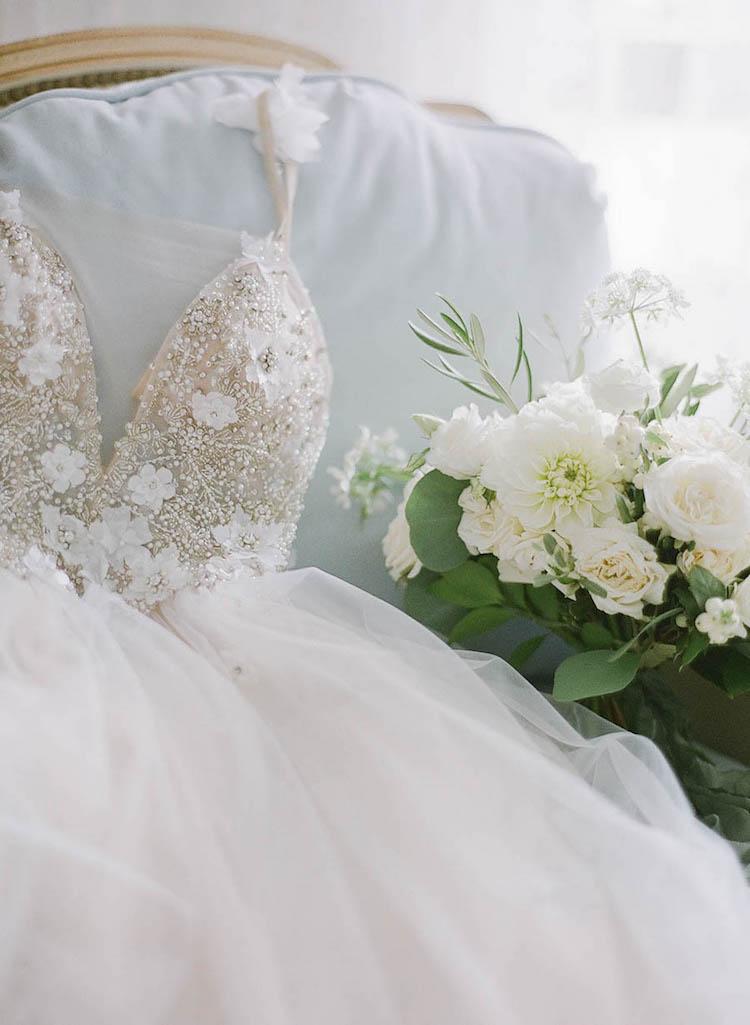 wedding dress vancouver.jpg