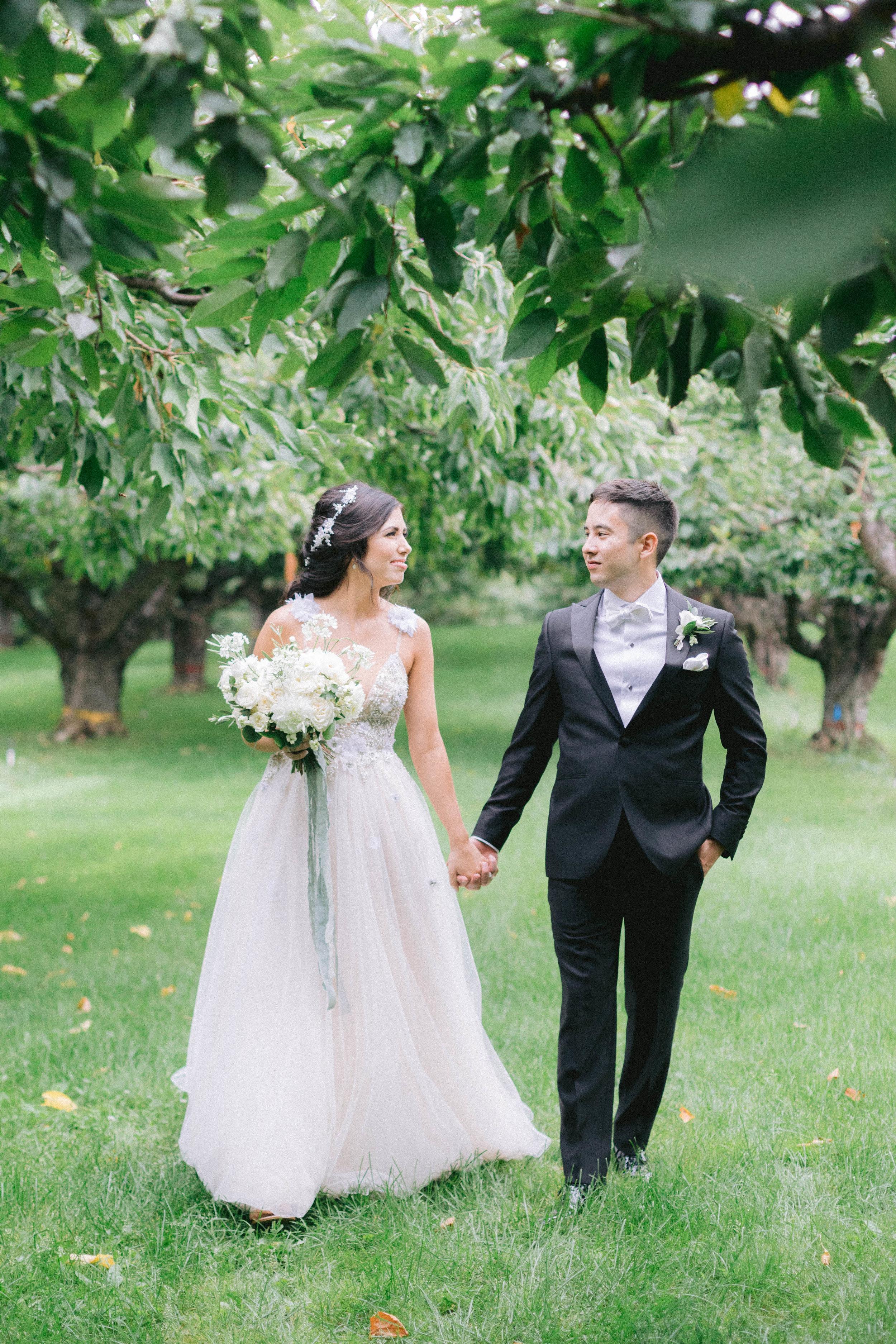 orchard wedding kelowna.jpg