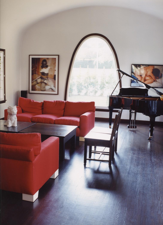 interior (3 of 4).jpg