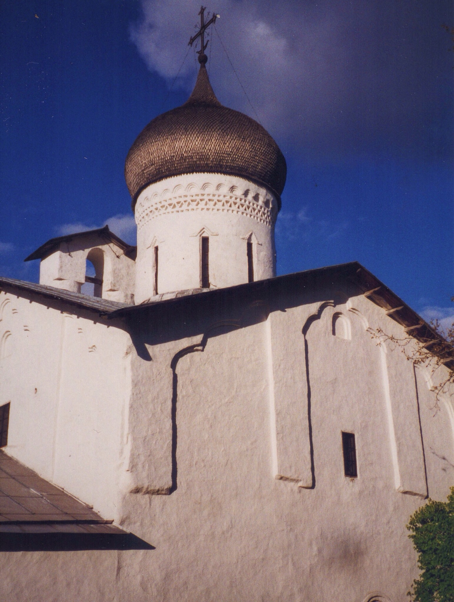 """A tour guide we had in Russia once mentioned the 'ABC syndrome' that would sometimes afflict foreign visitors. ABC meaning """"Another bloody church"""". Considering the sheer number of churchs and cathedrals in western Russia despite the mass destruction of them during Soviet times, it's mind-boggling to imagine how many there had been prior to the Revolution."""