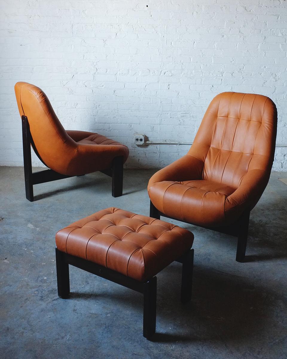 Gillon Chairs2.jpg
