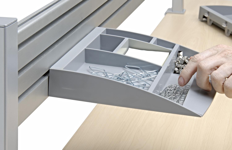 Workrite-Sierra-tool-bar-with-acc-tray.jpg