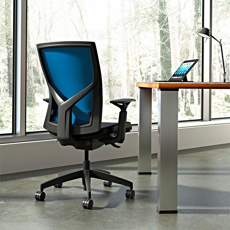 Torsa_Private_Office_ElectricBlueMesh_Momentum_Solace_Ebony_MR.jpg