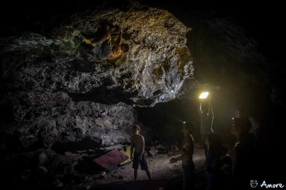 bouldering hawaii future cave bossy