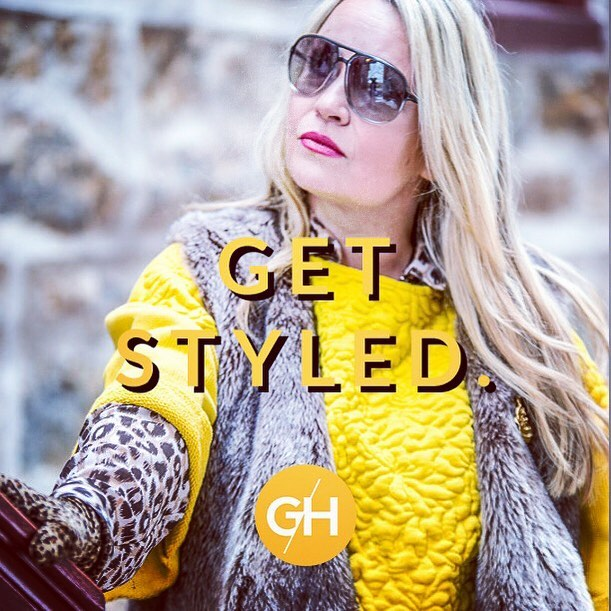 Would you like to get styled by me? Here's your chance! I'm excited to announce that I'm now offering virtual personal styling through @glamhive.  To kick things off, I'm offering complimentary 20 minute Style Consults with me! From a closet detox to complete makeovers, you now have access to me anytime/anywhere. Book me via link in profile, use promo: FREECONSULT 😉 #ootd #afashionpage #style #fashion #trending  #freeconsultation #fashionstylist #bloggerstyle #clothes #summeroutfit #closetgoals #glamhive #glamhive #photography by @roundsjr #makeup @flurry96