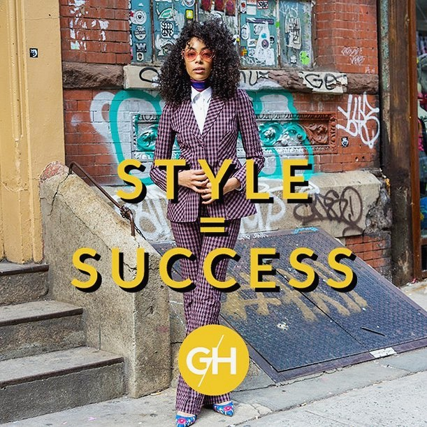 Does your personal style reflect your vision for yourself and where you're headed in your career? Link to book a 1:1 video-session with me in profile. #lehighvalley #afashionpage #glamhive #fashionstylist #personalshopper #personalstylist #style #ootd #careerlook