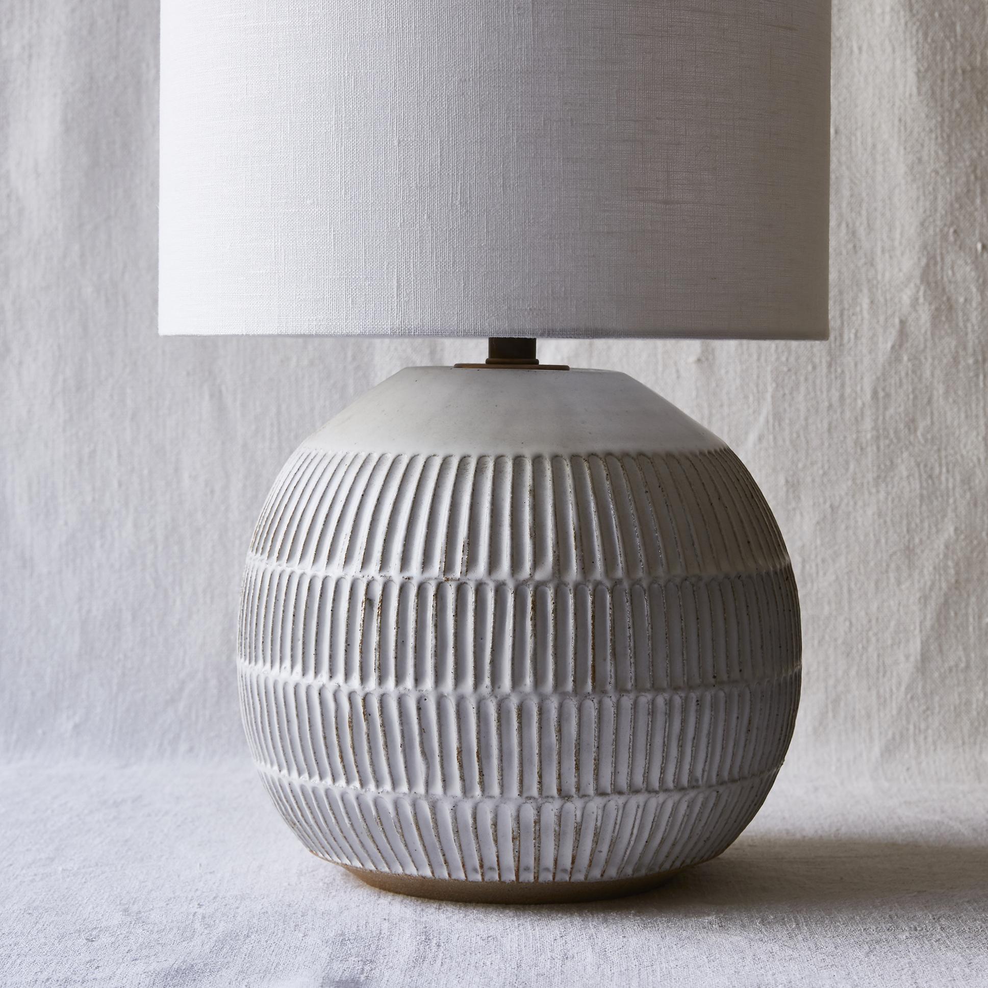 Mt Washington Pottery round lamp.jpg