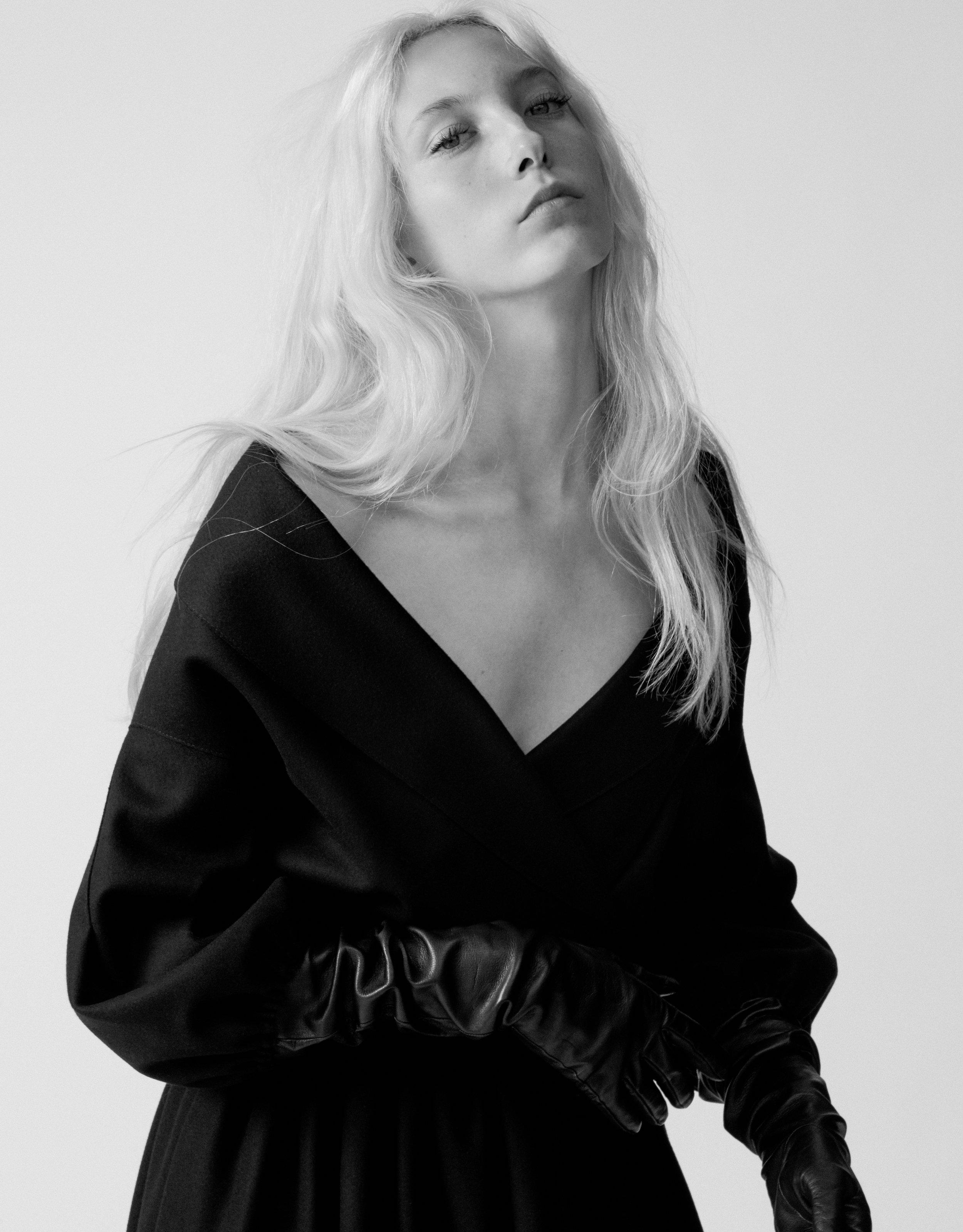 Sasha Komarova by Blair Getz Mezibov for L'Officiel USA