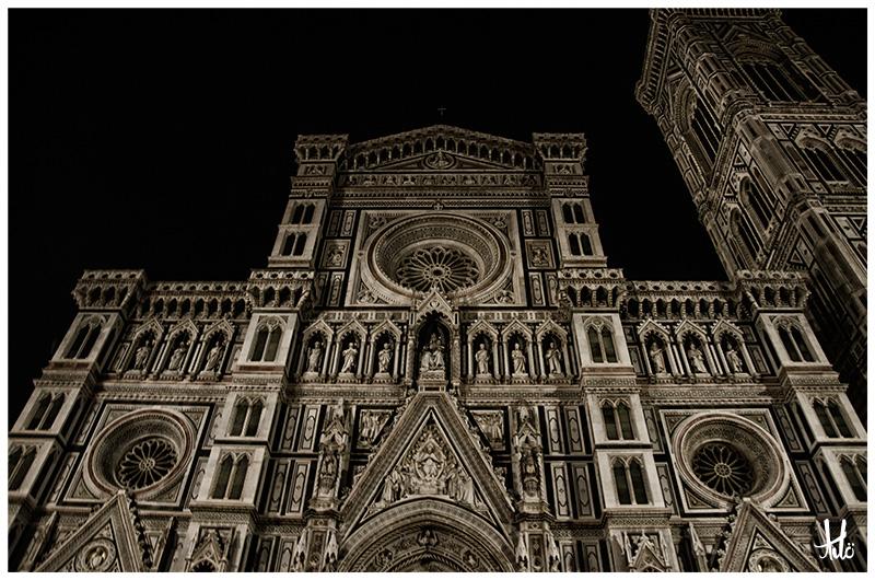 Piazza Santa Croce-Florence-Italy.jpg