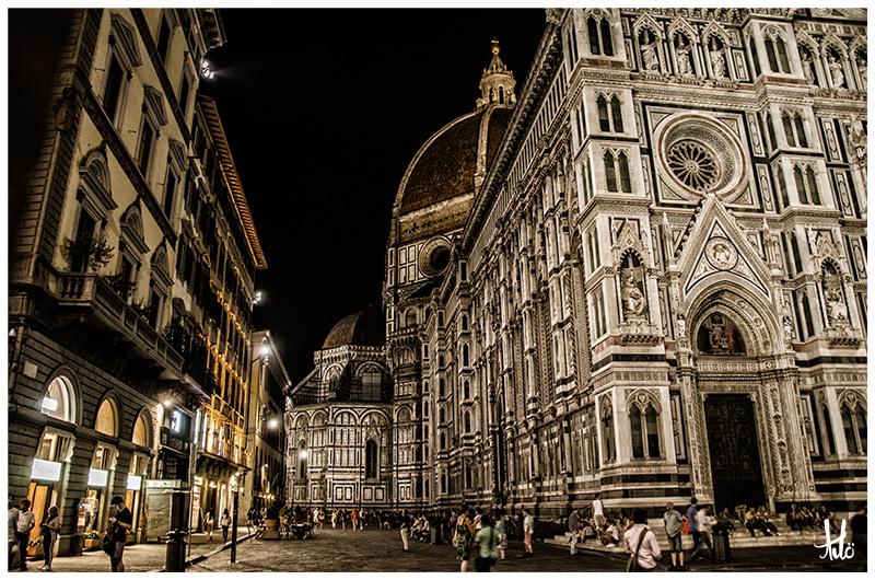 Piazza Santa Croce-Florence.jpg