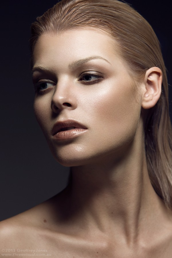 Kastelle-Mary-makeup-04.jpg