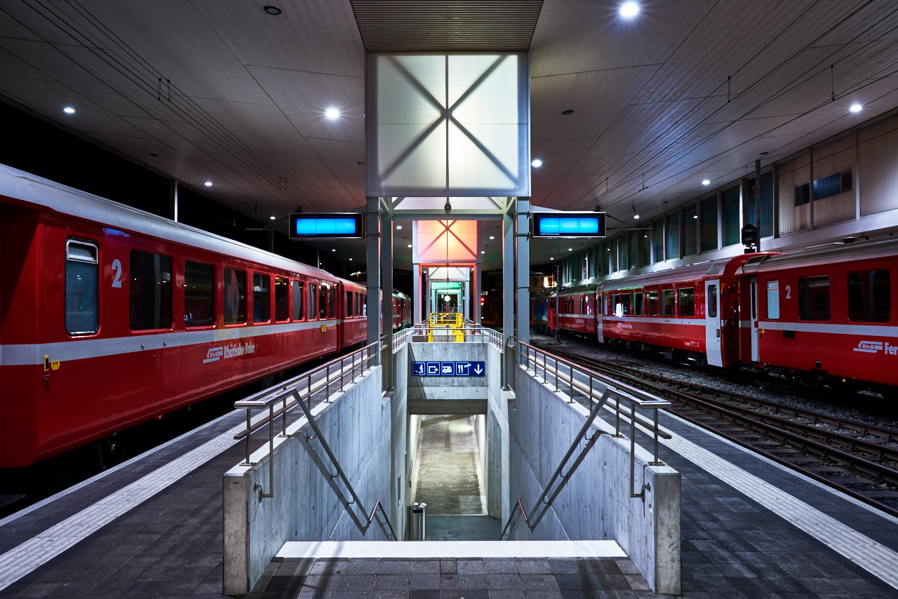 Disentis Bahnhof 4 sec @f/11 ISO 64