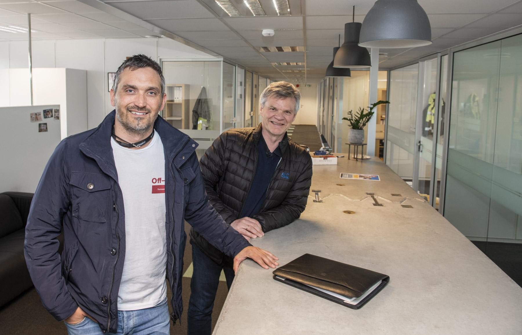 Daglig leder i Prosjektil, Sverre Heskestad, og Arild M. Lunde, daglig leder i ALC er fornøyd med å være en del av samme organisasjon .