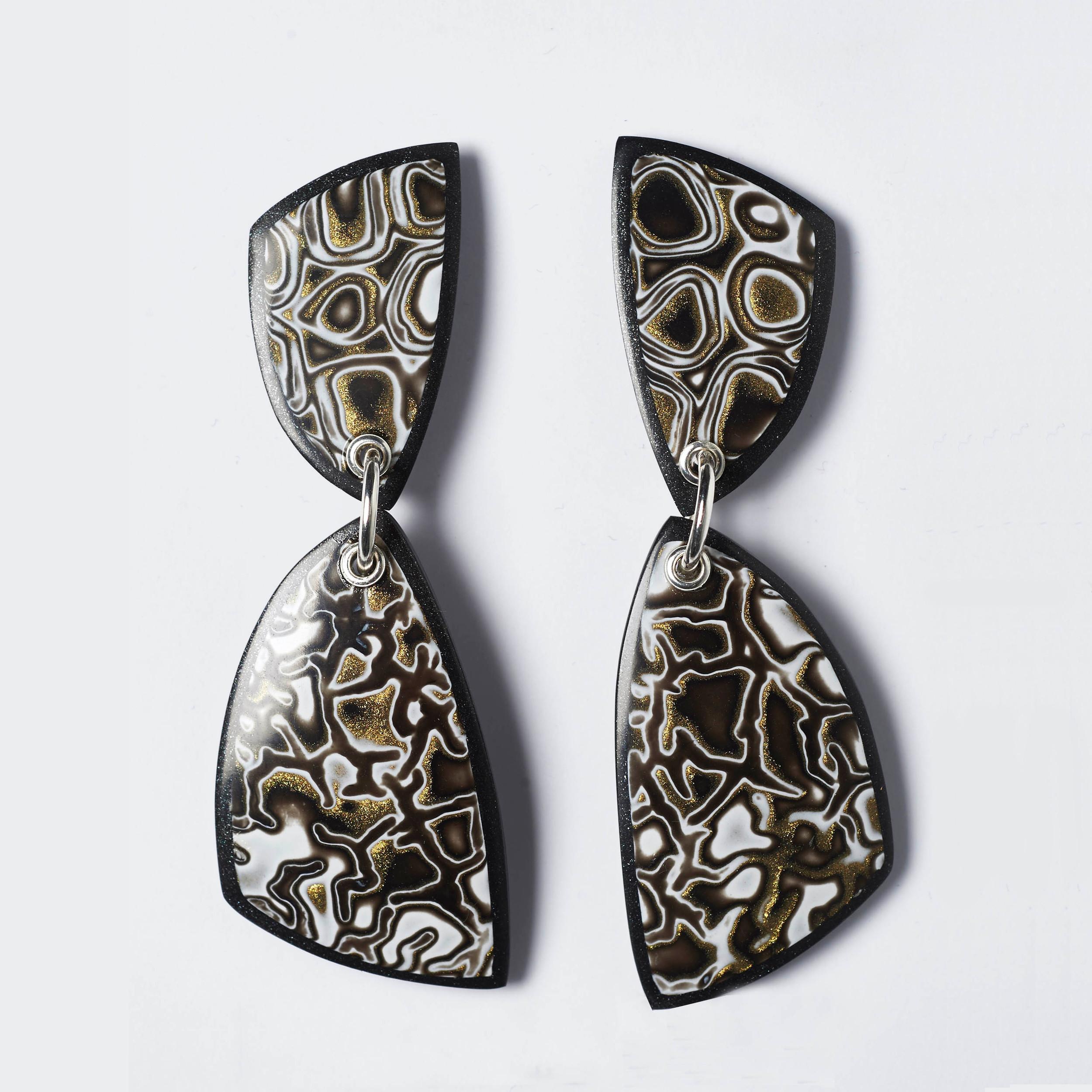 Melanie Muir Bronze Mono Curve Earrings.jpg