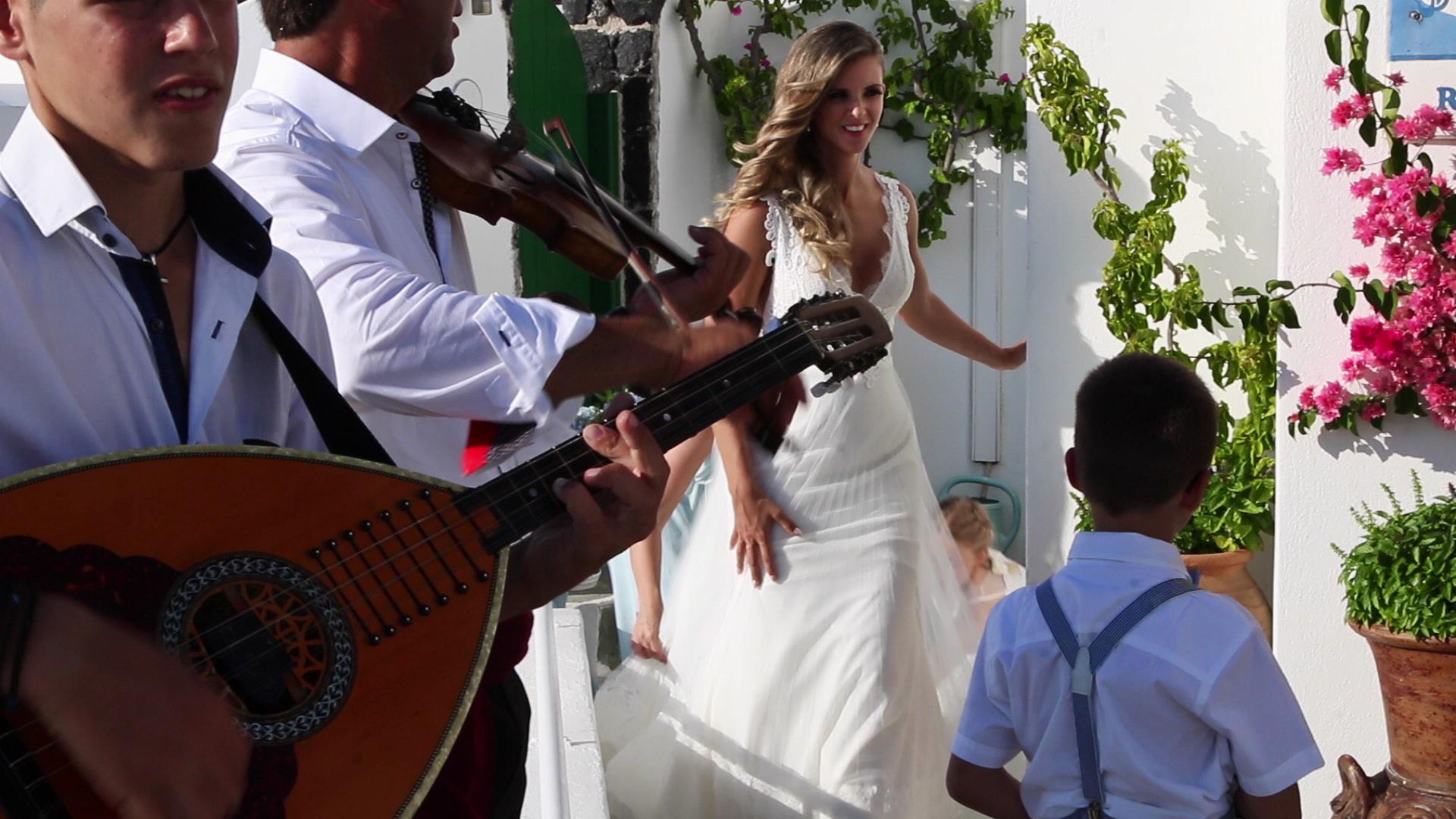 Wedding Videography Santorini - Greek Wedding Band