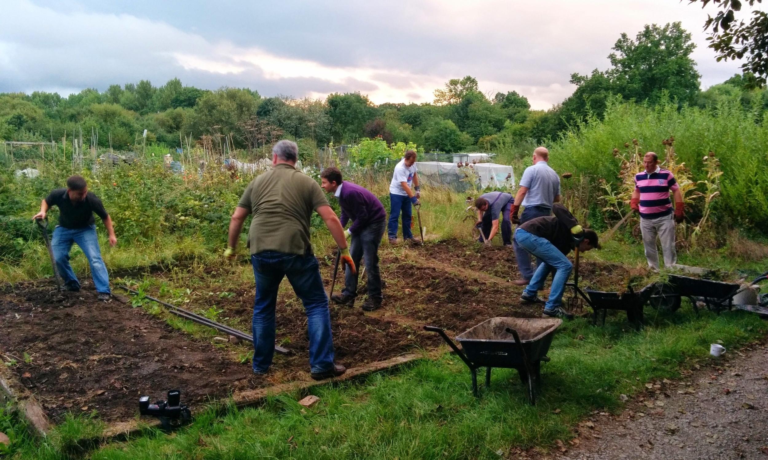 Earthworks_Community Service_Giving Back