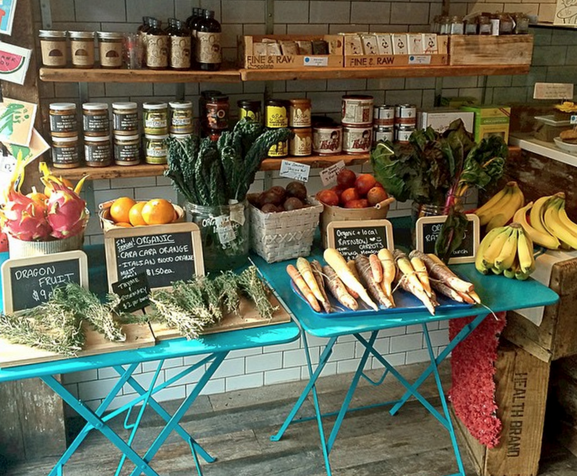 Grass Roots Juicery_Groceries_inside