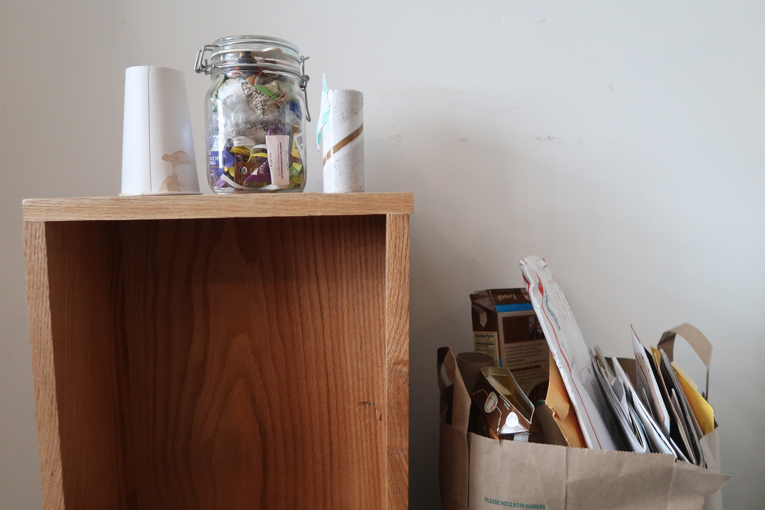 zero waste_trash_jar_model4greenliving