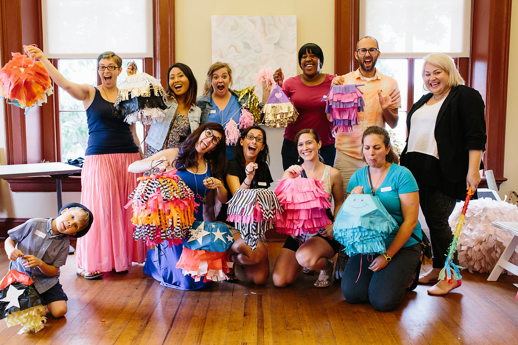 DIY mini party pinatas workshop pictures (12).jpg