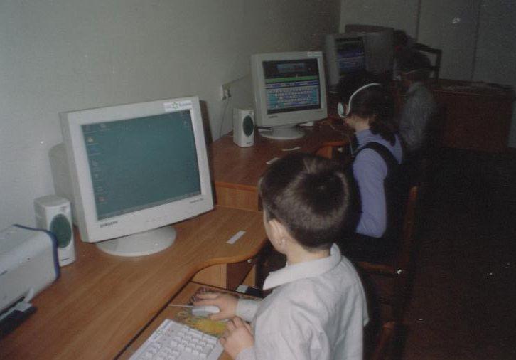 2003-Nikoloev-Computer-Class_6.3-compressor.jpg