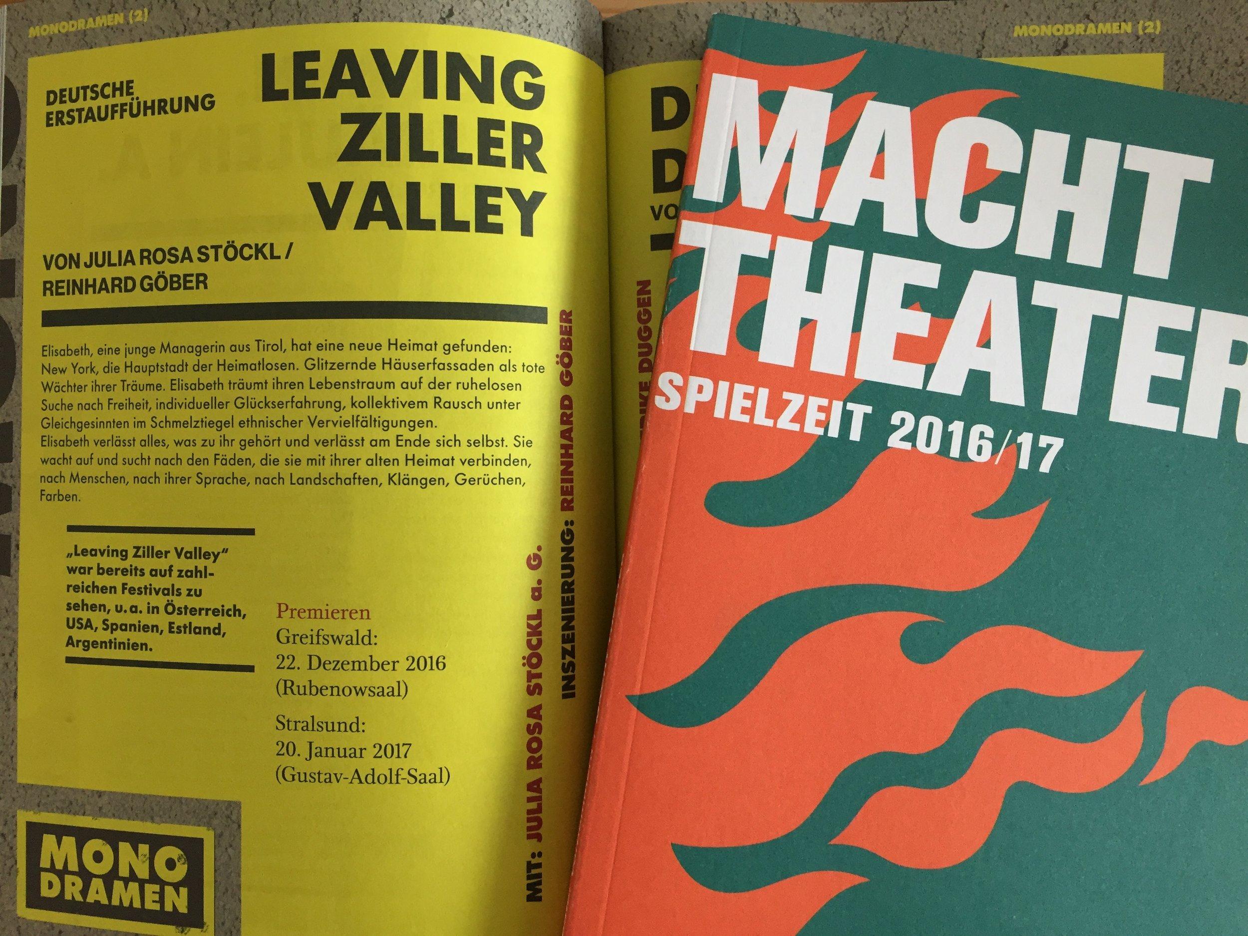 …im Spielzeit Katalog des Theater Vorpommern in Greifswald & Stralsund. (Copyright: JR Stöckl)