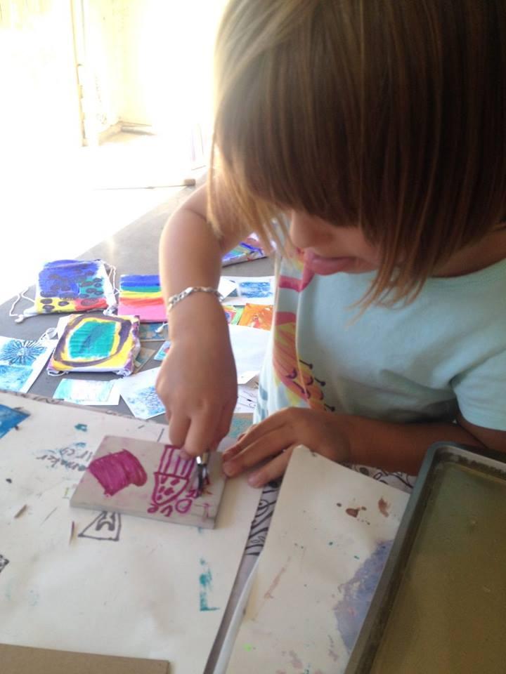 printmaking kids in walla walla at Outside the Lines Art Studio