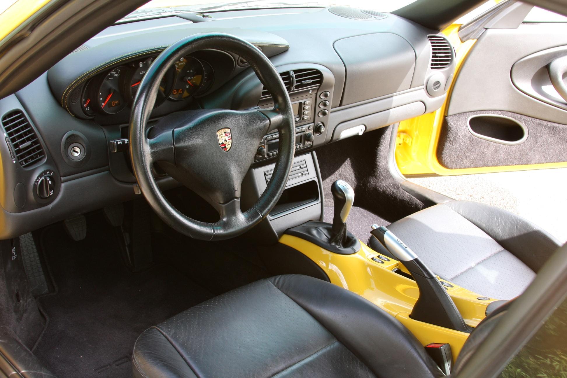 2004 Porsche 911 GT3 (4S692280) - 14.jpg
