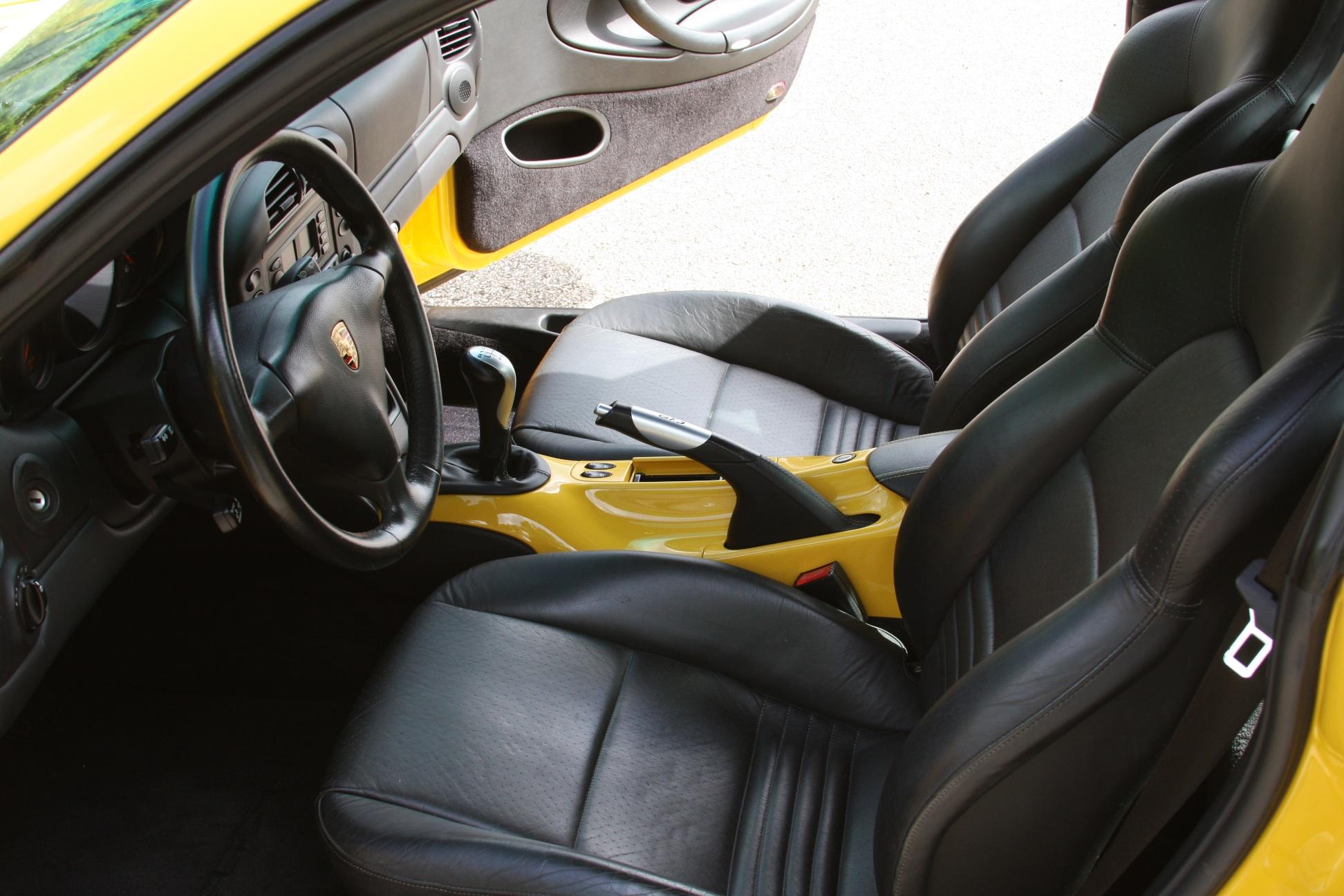 2004 Porsche 911 GT3 (4S692280) - 15.jpg