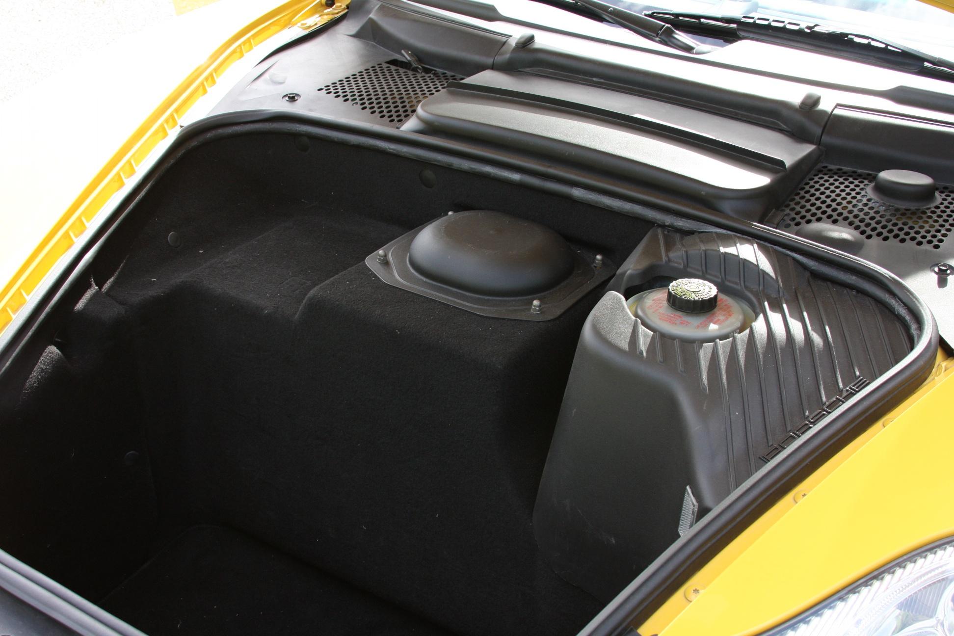 2004 Porsche 911 GT3 (4S692280) - 24.jpg