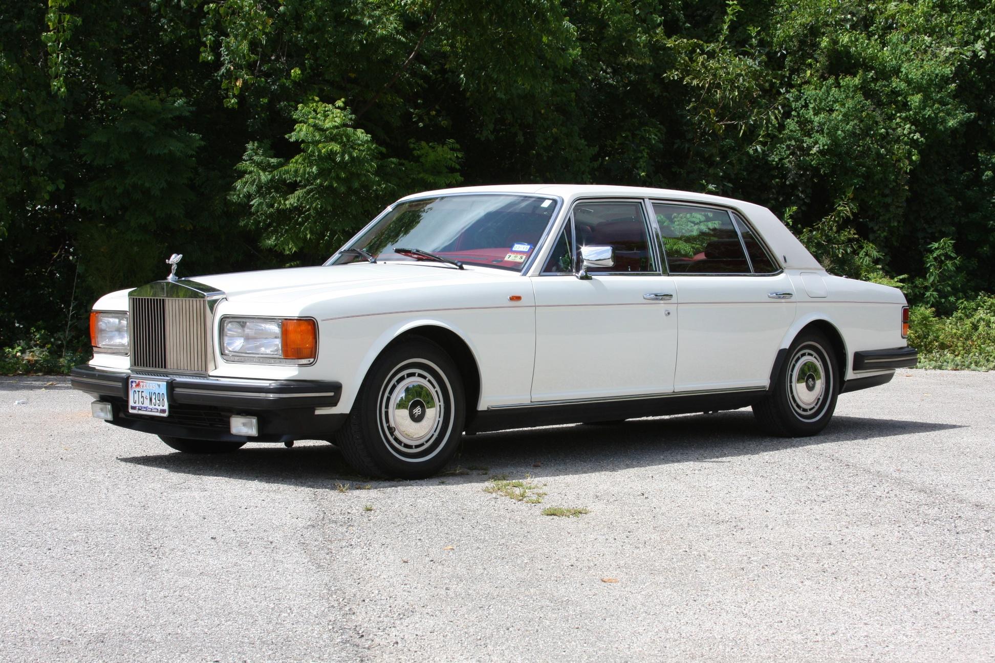 1991 Rolls-Royce Silver Spur II (MCX34449) - 05.jpg
