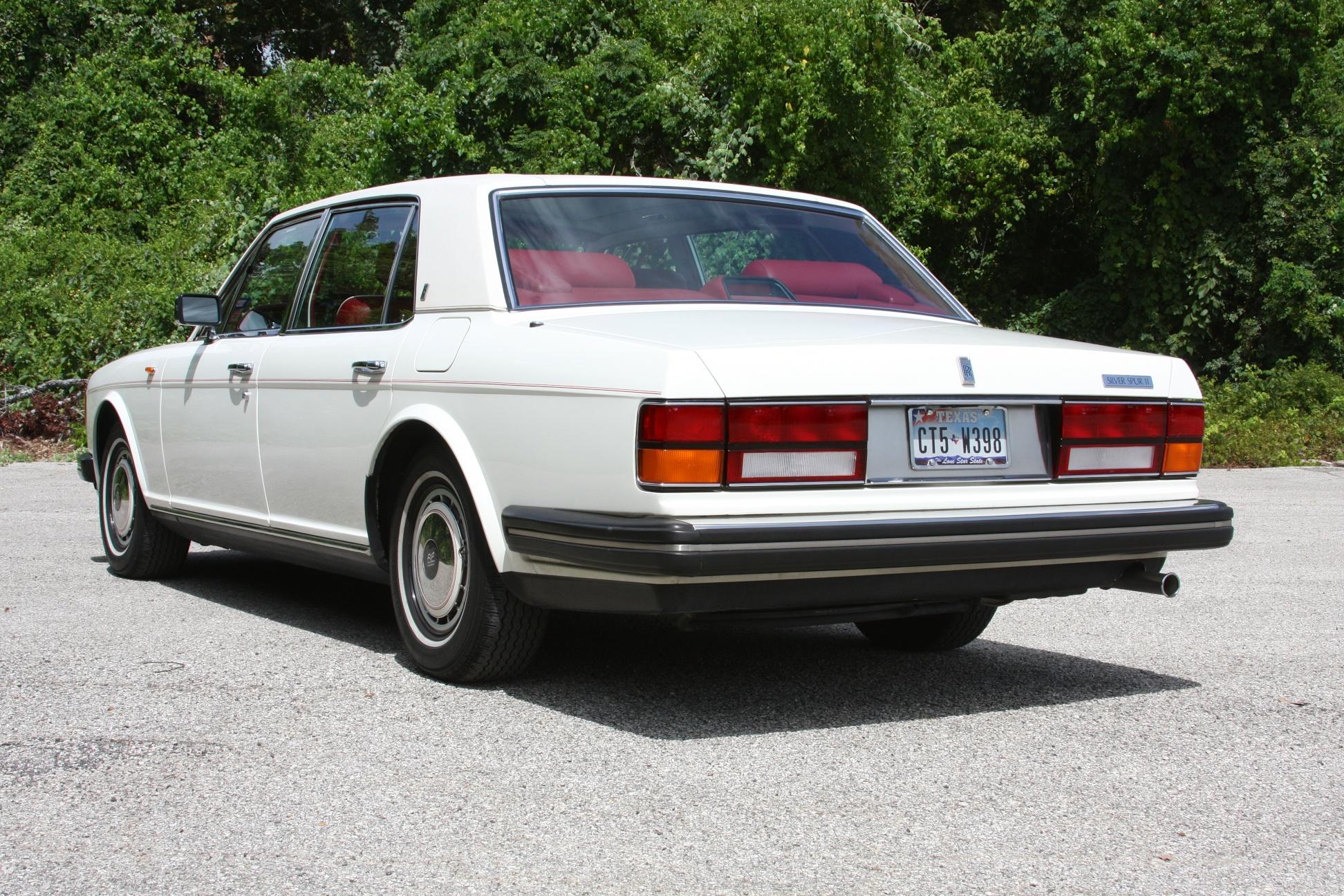 1991 Rolls-Royce Silver Spur II (MCX34449) - 08.jpg