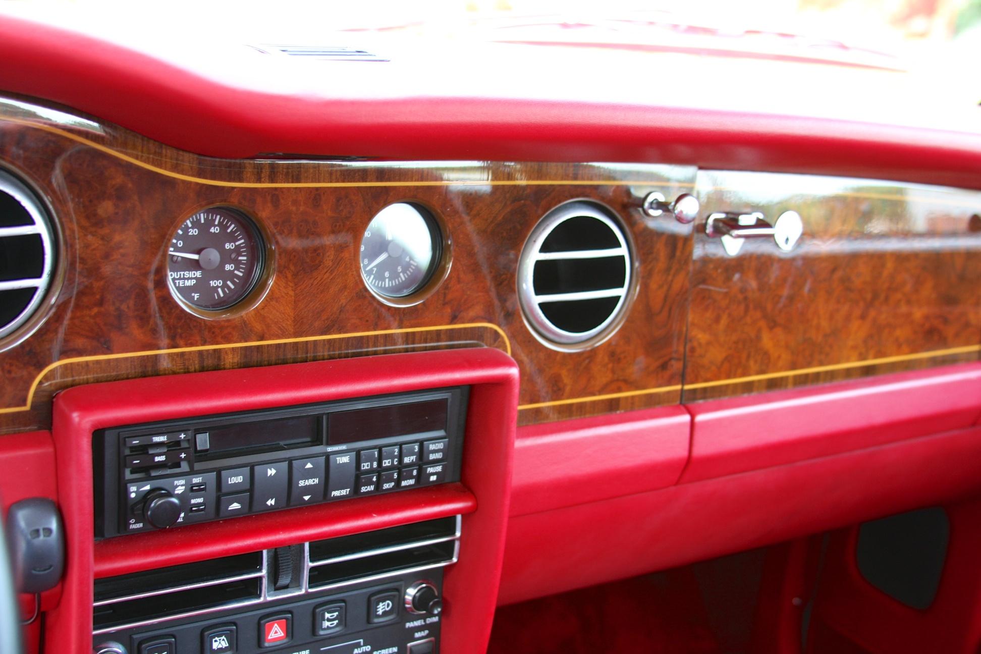1991 Rolls-Royce Silver Spur II (MCX34449) - 18.jpg