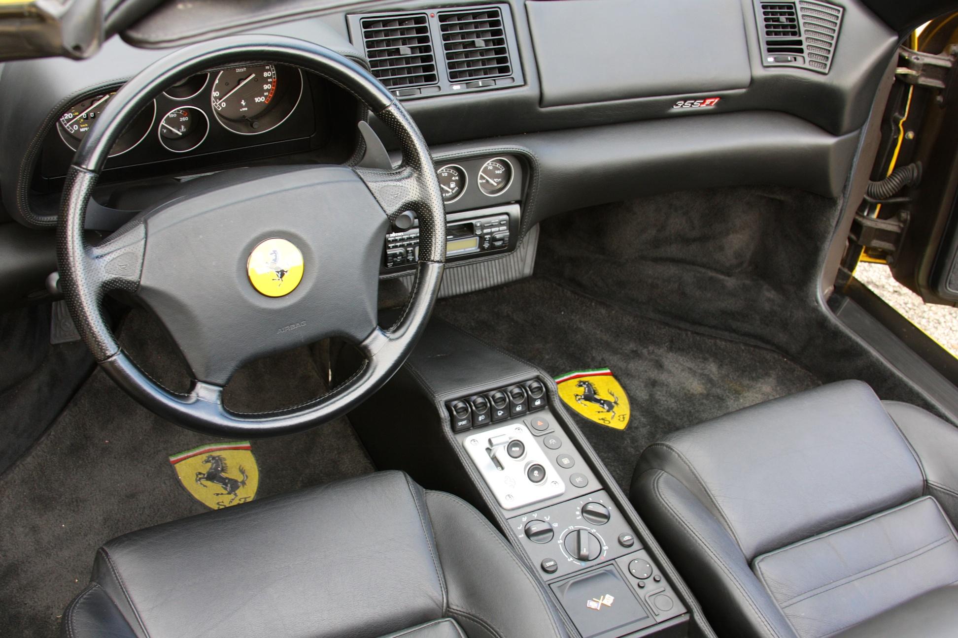 1999 Ferrari 355 F1 Spider (X0115075) - 26.jpg