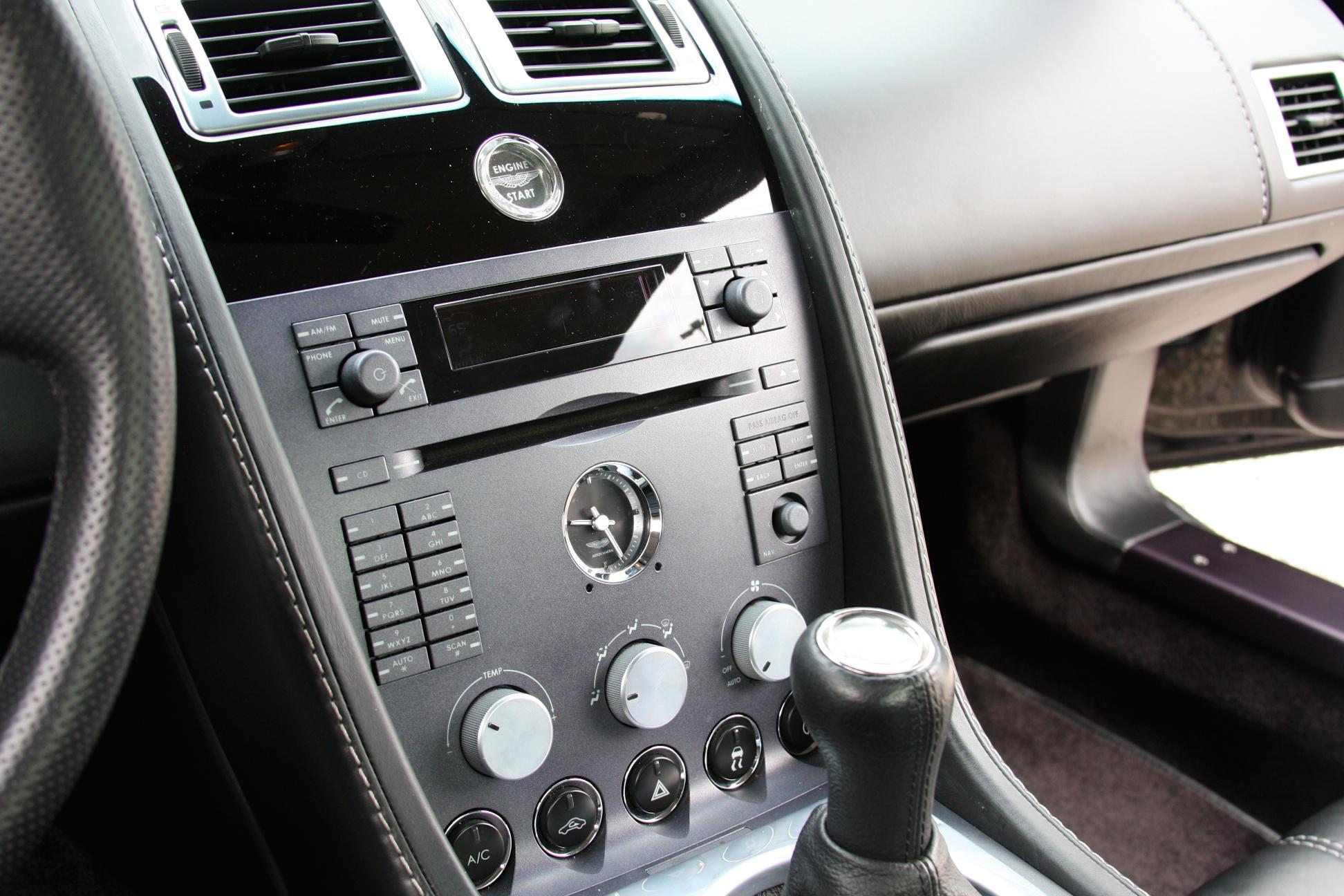 2007 Aston Martin Vantage (7GC04475) - 15.jpg